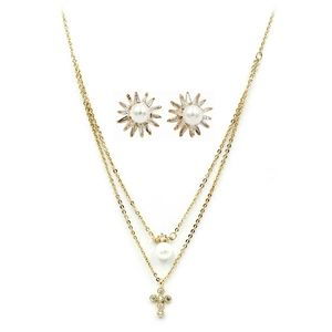 Fashion gold pearl necklace earrings set